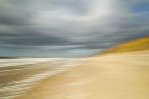 sylt strand unter wolken