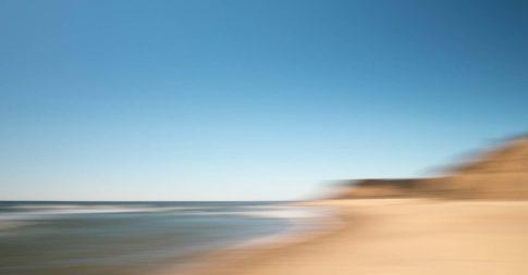 hamptons ditch plains beach high tide
